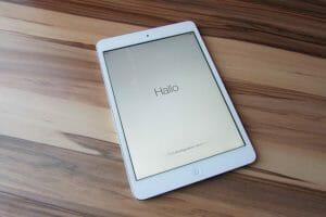 Best e-Reader for Medical School: Kindle vs iPad - FreeMedEd